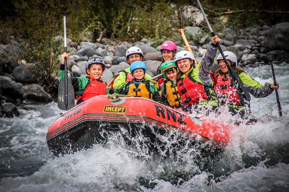 group whitewater rafting